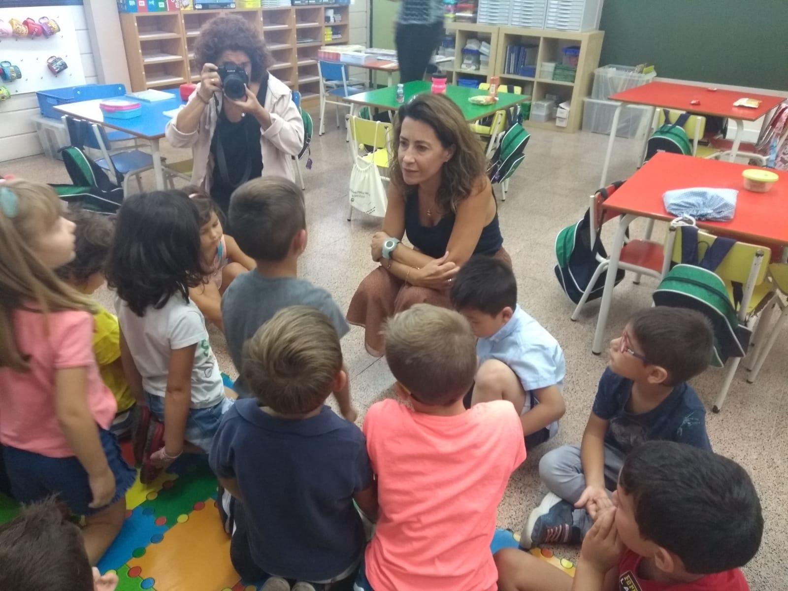 La alcaldesa de Gavá inaugura el curso escolar 2019-20
