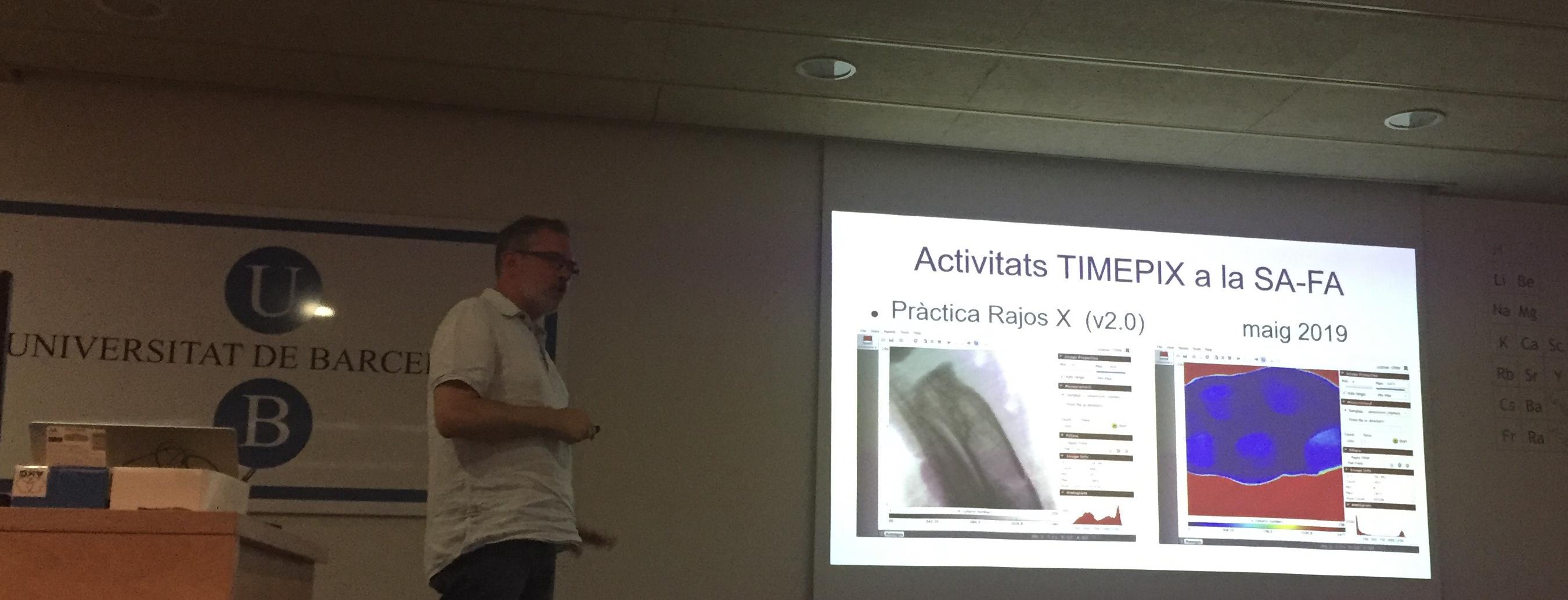 Presentación en la UB del proyecto de física de partículas utilizando detectores del CERN