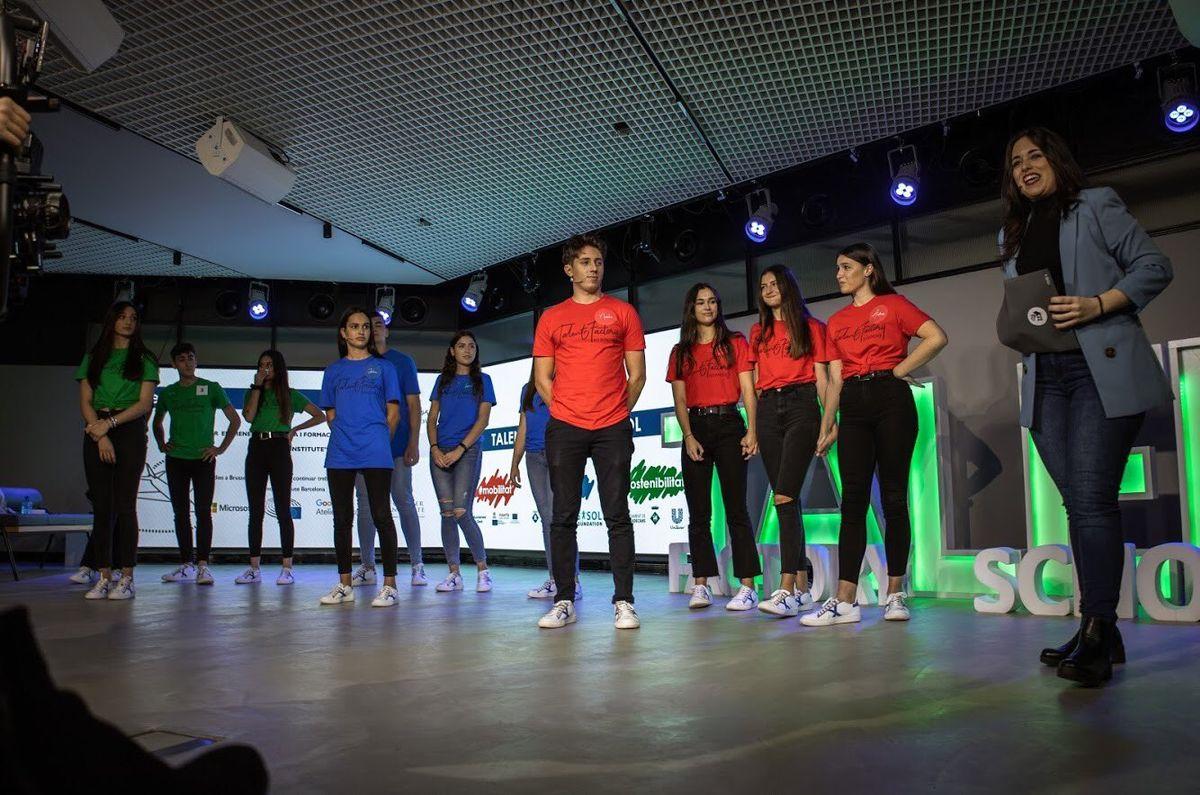 """Andrea Garcia, AndreaAguilar, Nacho Lozano guanyadors del concurs """"Talent Factory School"""""""